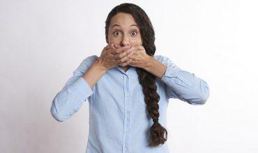 Cómo curar llagas de la boca